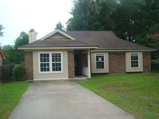 22 Country Walk Dr, Savannah, GA 31419