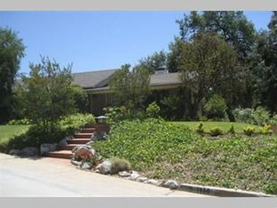 1460 Cheviotdale Dr, Pasadena, CA 91105