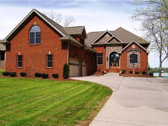 3025 Lakeshore Dr, Old Hickory, TN 37138