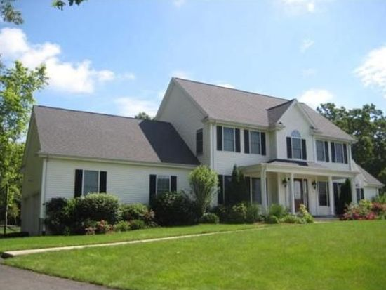 11 Saint Lawrence Way, North Attleboro, MA 02760