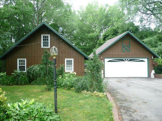 307 Hopper Rd, Transfer, PA 16154