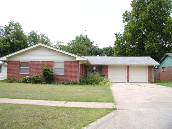 519 E Bridge Ave, Blackwell, OK 74631