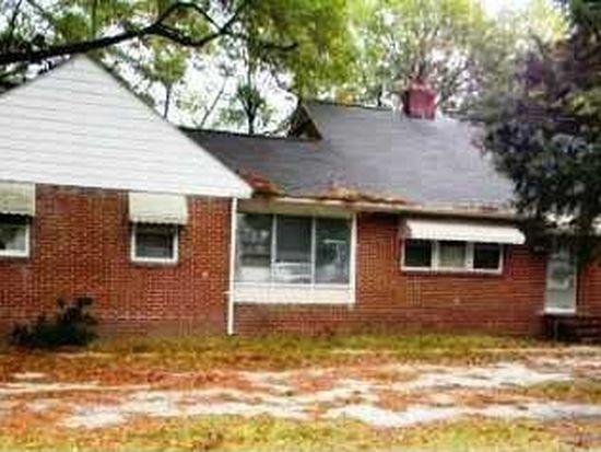 506 W Noble St, Selma, NC 27576