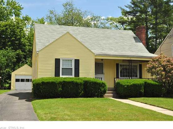 116 Colonial St, West Hartford, CT 06110