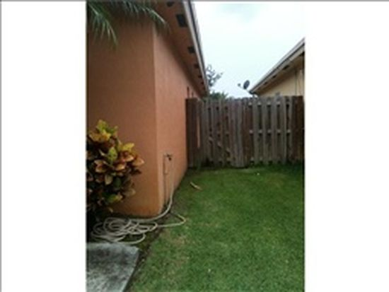 208 SW 15th Ter, Homestead, FL 33030