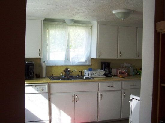 661 Washington St, Meadville, PA 16335