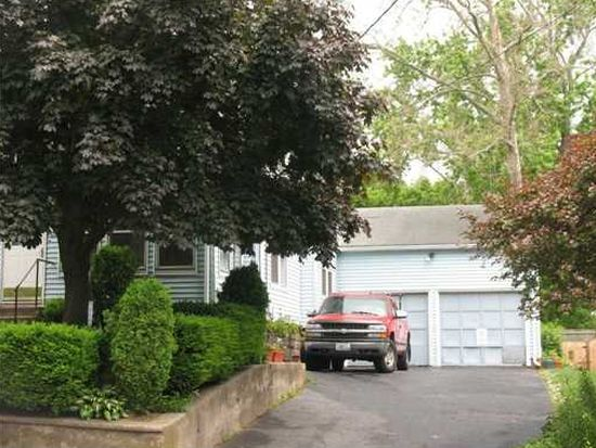 60 Blackstone St, Cumberland, RI 02864