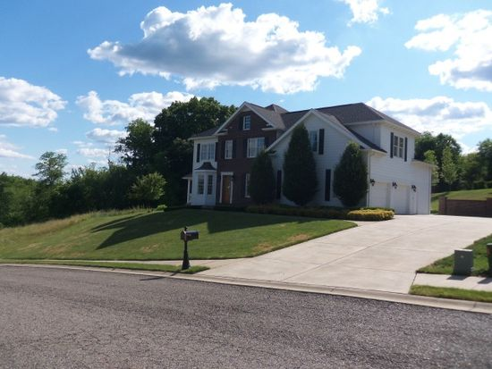 120 Southbrook Dr, Weirton, WV 26062