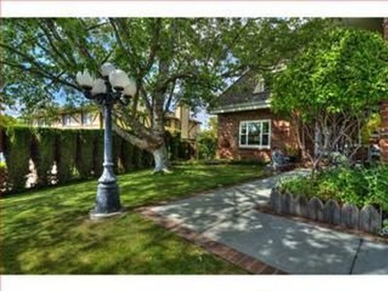 46688 Windmill Dr, Fremont, CA 94539