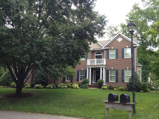 607 Canal Ln, Annapolis, MD 21409