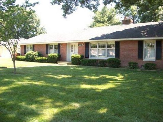 3601 W Merrywood Ln, Muncie, IN 47302