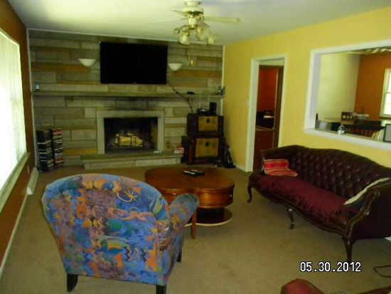 2651 Redfern Dr, Indianapolis, IN 46227
