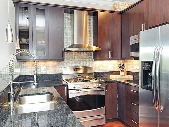 3864 N Lincoln Ave APT 3, Chicago, IL 60613