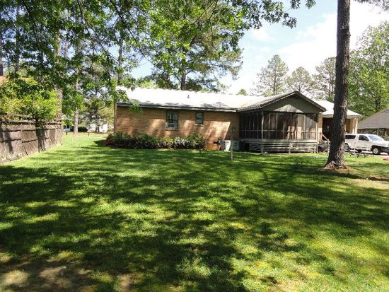 113 Avondale Ct, Rocky Mount, NC 27803