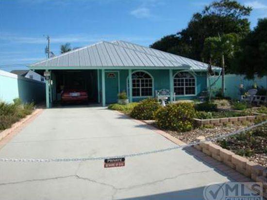 9182 SE Apollo St, Hobe Sound, FL 33455