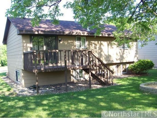 5549 6th St NE, Fridley, MN 55432