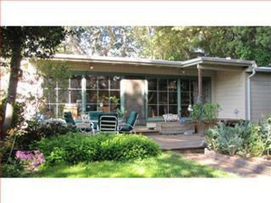 3751 Bay Rd, Menlo Park, CA 94025