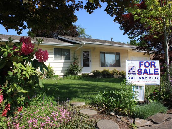 3334 SE Charlotte Pl, Corvallis, OR 97333