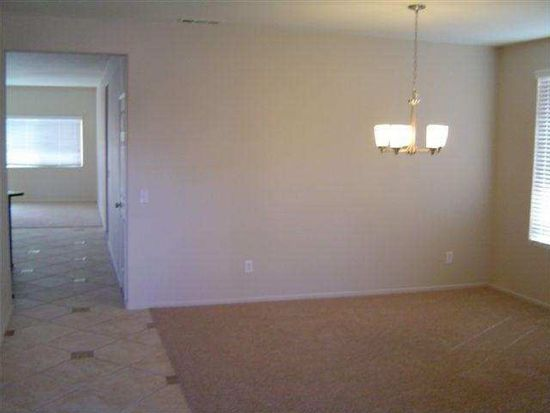 11749 Winewood Rd, Victorville, CA 92392