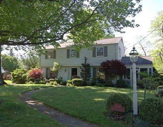 2425 Berkshire Dr, Pittsburgh, PA 15241
