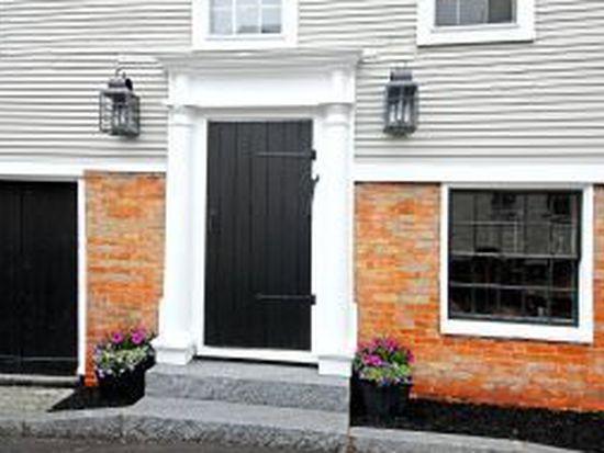 138 Gates St, Portsmouth, NH 03801