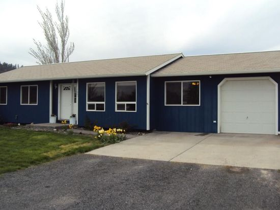1003 Grand Fir Dr, Moscow, ID 83843