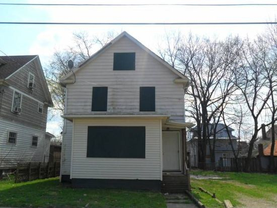 932 Bloomfield Ave, Akron, OH 44302
