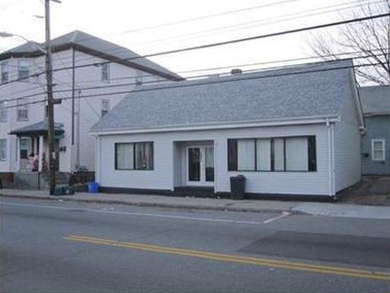 693 N Broadway, East Providence, RI 02914