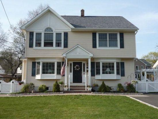 796 Newcomb Rd, Ridgewood, NJ 07450