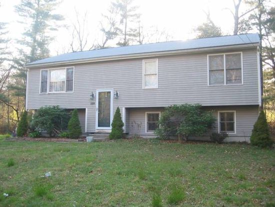 220 Princess Kate Cir, Taunton, MA 02780