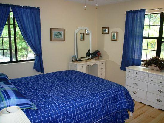 115 Mamalou Ln, St Simons Island, GA 31522