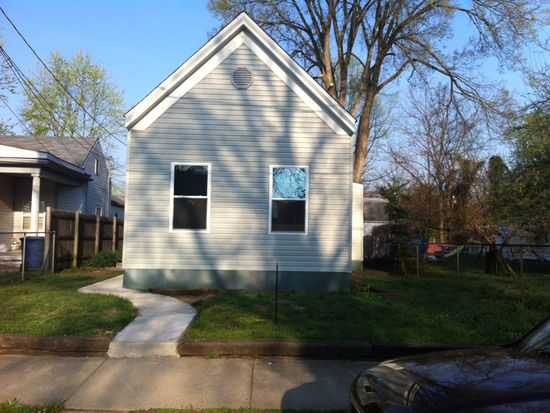 1415 Chartres St, New Albany, IN 47150