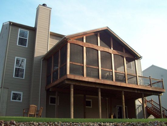 2469 Harvester Dr, Stow, OH 44224