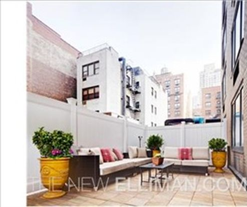 1438 3rd Ave APT 2A, New York, NY 10028