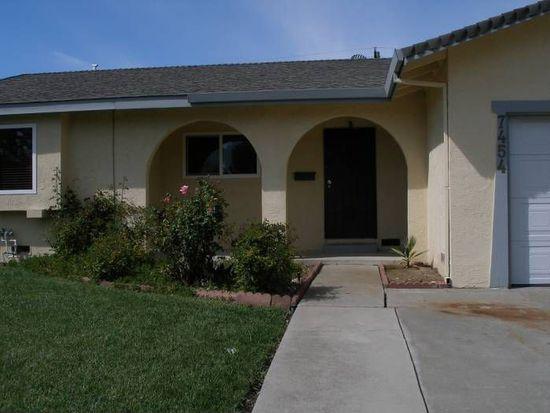 7454 Winkley Way, Sacramento, CA 95822