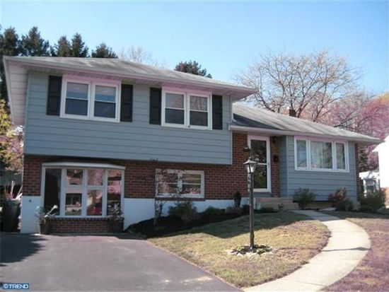 121 Halsey Ave, West Lawn, PA 19609