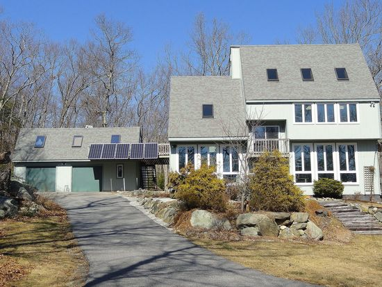 33 Rocky Hill Rd, Scituate, RI 02857