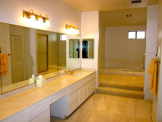 24 Mansion Ct, Menlo Park, CA 94025