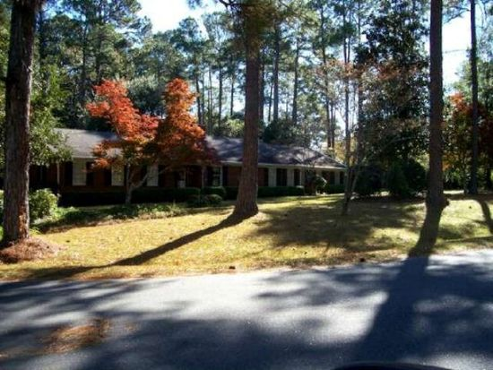 1301 Fairview Dr, Moultrie, GA 31768