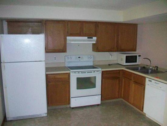 1283 Pineview Trl APT A, Newark, OH 43055