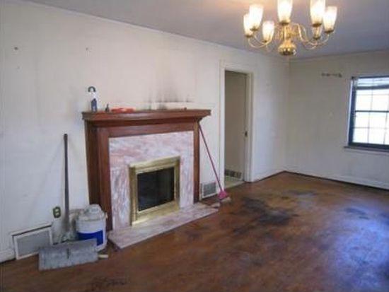 315 Karen St, South Charleston, WV 25303