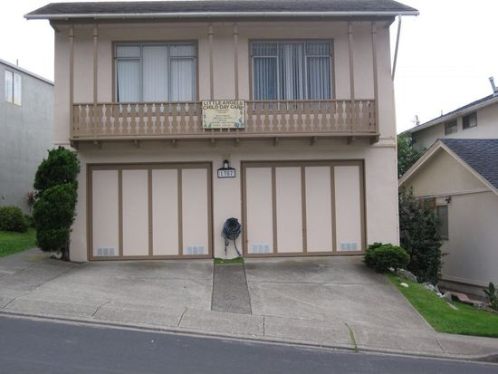 1387 Skyline Dr, Daly City, CA 94015