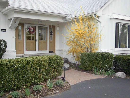 3330 Woodview Lake Rd, West Bloomfield, MI 48323