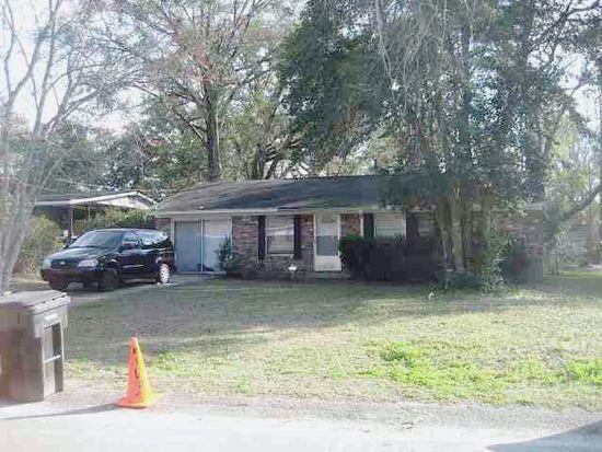 2913 Oakwood Dr, Tallahassee, FL 32304