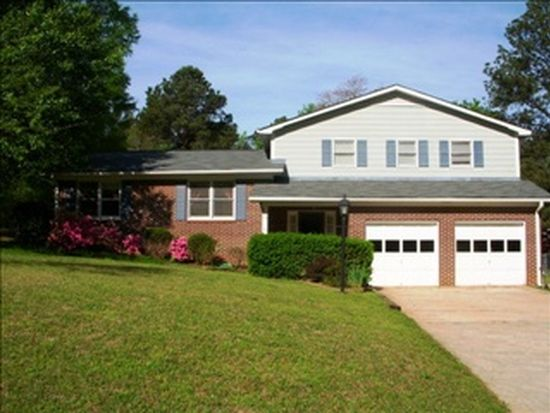 203 Newcastle Rd, Greenwood, SC 29649
