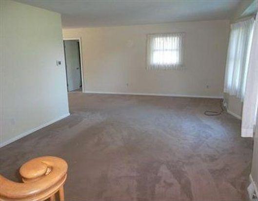 7012 Bargain Rd, Erie, PA 16509