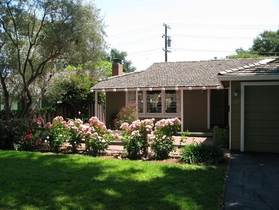 327 Hedge Rd, Menlo Park, CA 94025
