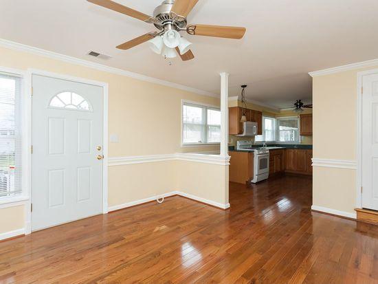 960 Lance Ave, Baltimore, MD 21221