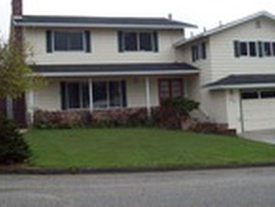 2076 Home Dr, Eureka, CA 95503
