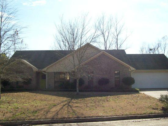 2601 Bay Cir, Tupelo, MS 38801